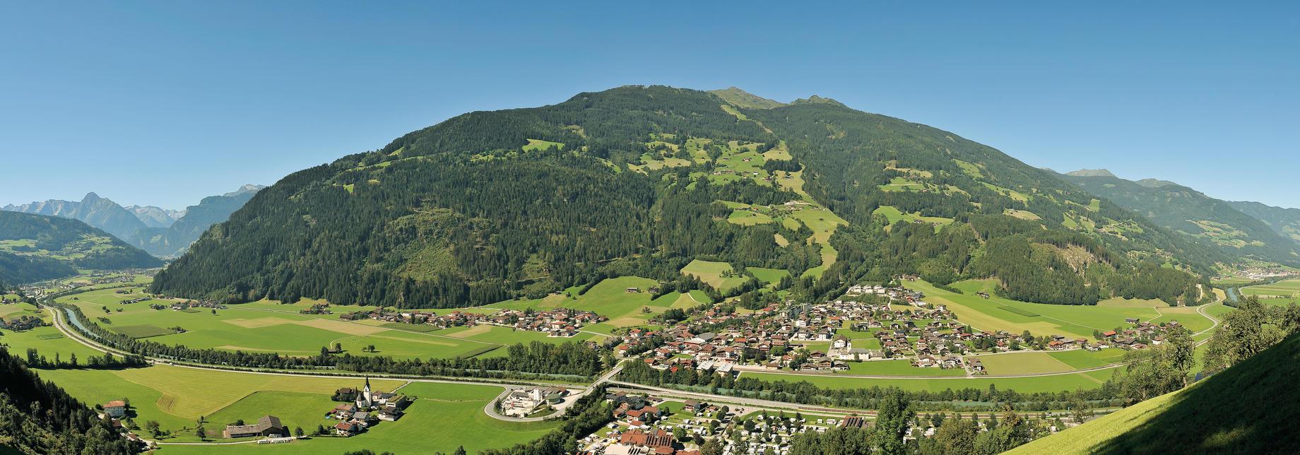 Ortsansicht Aschau im Sommer   © Erste Ferienregion im Zillertal / Wörgötter&friends